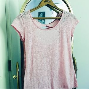 lacy, open back pink top 💖